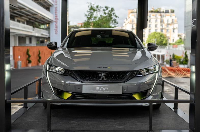 2019 - [PEUGEOT] Concept 508 Peugeot Sport Engineered - Page 17 Peugeot-e-208-508-Roland-Garros-2019-07227-785x518