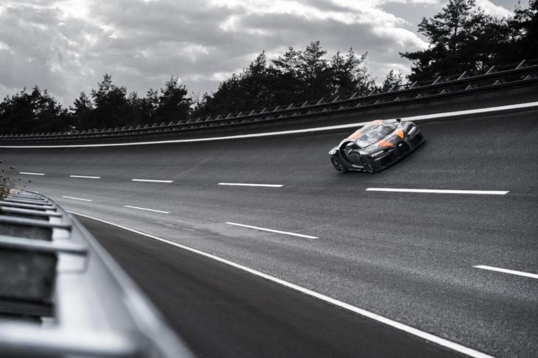 Porsche Cayenne A Vendre >> Bugatti Chiron : à presque 500 km/h pour un record (vidéo) | Les Voitures