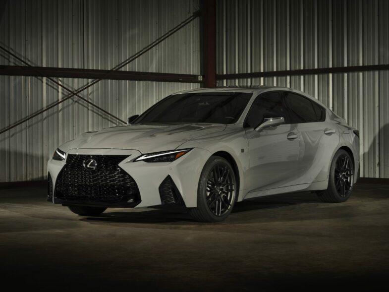 Lexus IS 500