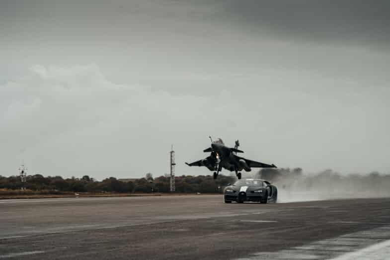 Bugatti Chiron Sport Dassault Rafale Marine