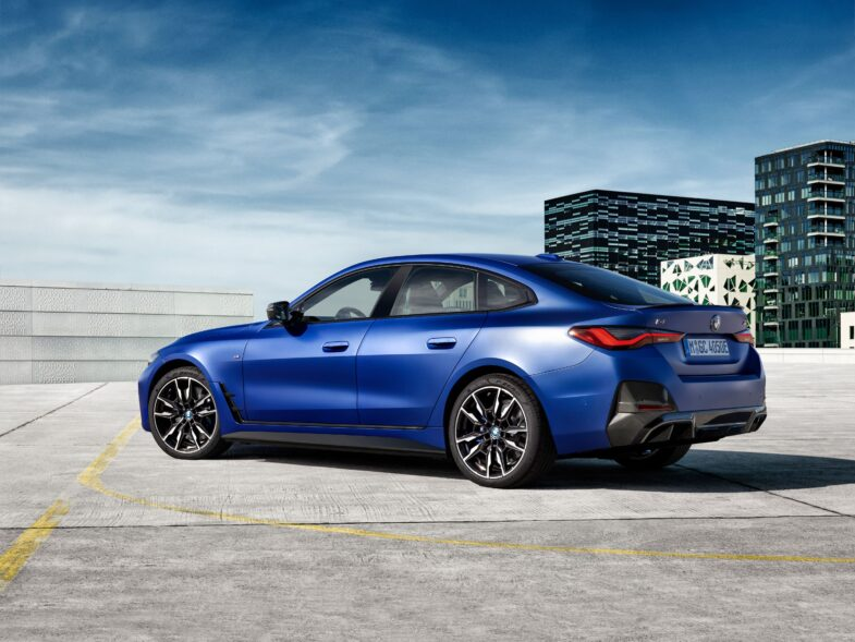 BMW i4 voiture électrique