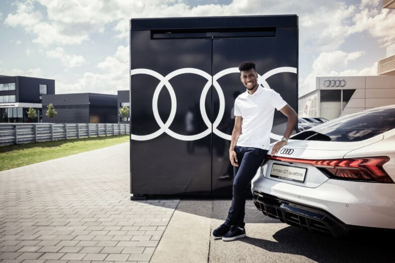 FC Bayern Munich Audi e-tron GT Kingsley Coman
