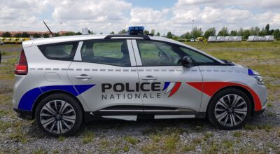 Police Nationale Renault Grand Scénic