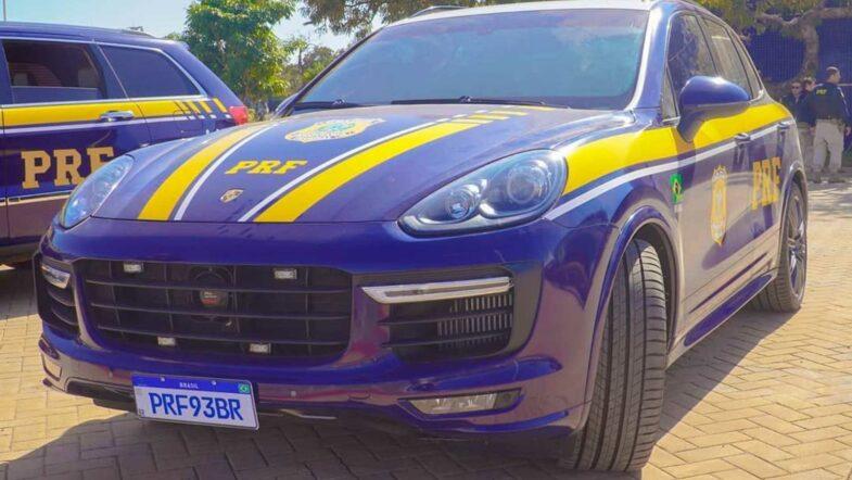 Police voitures saisies Brésil