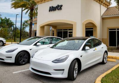 Hertz commande Tesla 100 000