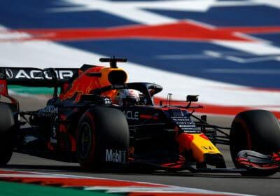 Max Verstappen doigt d'honneur Lewis Hamilton